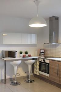 Des maisons t moins pour choisir le bon mod le bien - Mini bar de cuisine ...