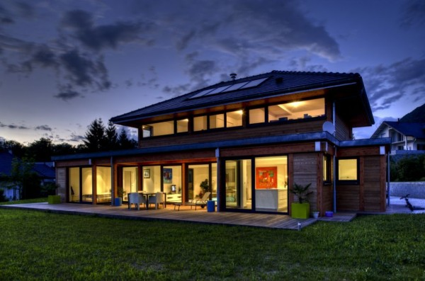 Maison du constructeur Vision Bois Construction Tuile aspect plat Grand Moule Signy®, coloris anthracite